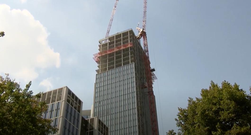 Bau des Marienturms Frankfurt