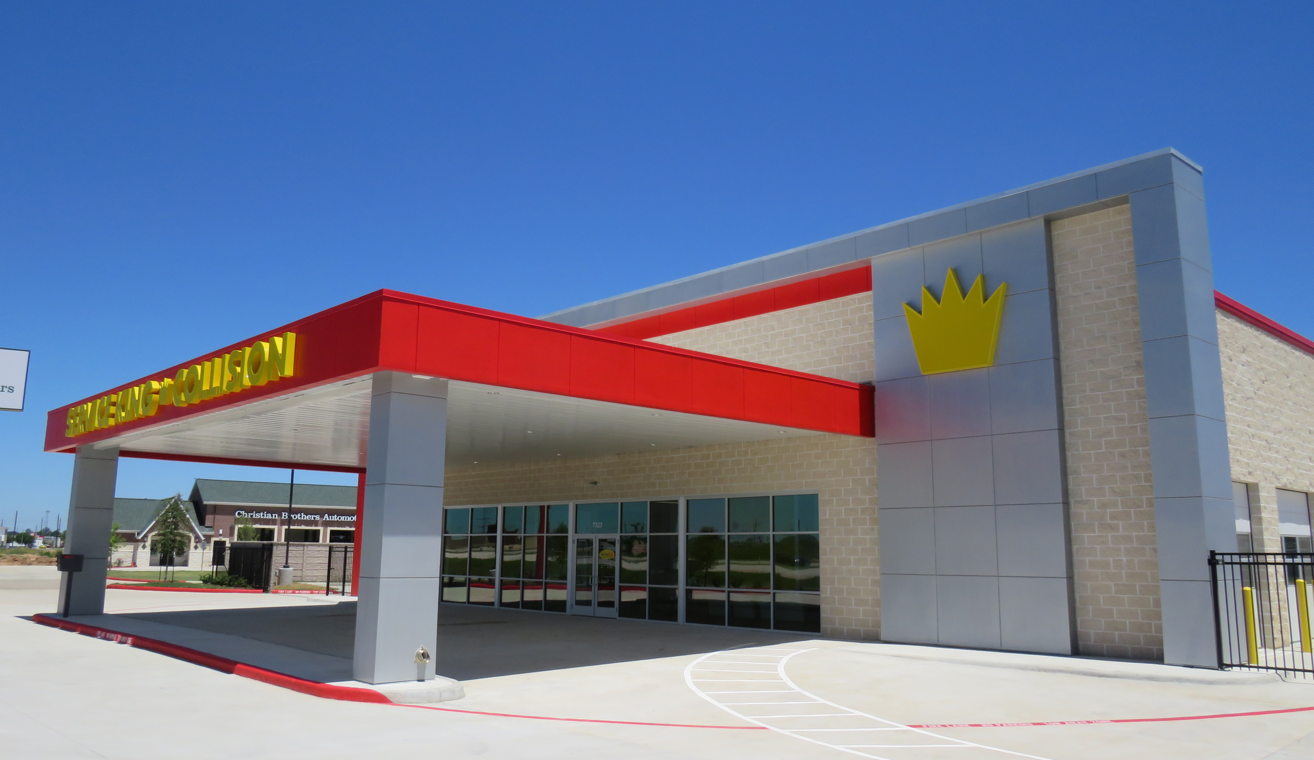 Service King Achieves a Metallic Facade Without ACM
